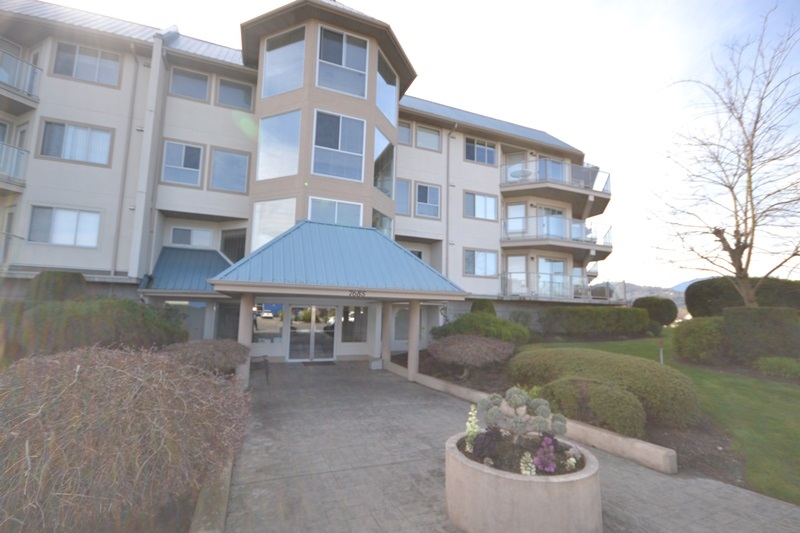 "Main Photo: 111 7685 AMBER Drive in Sardis: Sardis West Vedder Rd Condo for sale in ""The Sapphire"" : MLS®# R2049998"