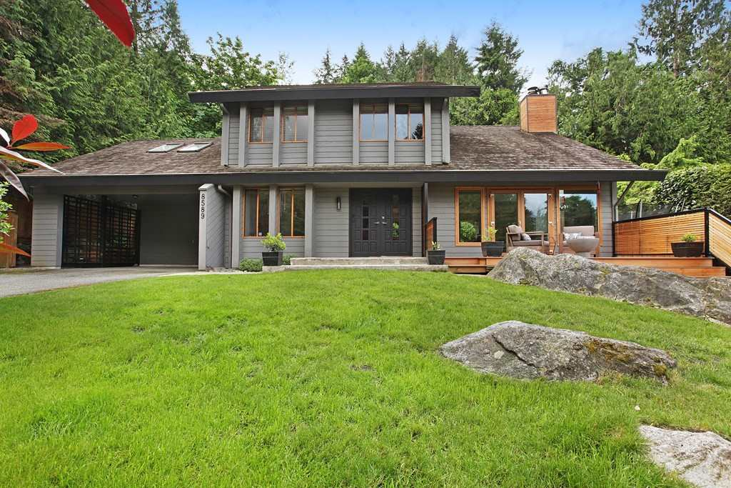 Main Photo: 8589 BEDORA Place in West Vancouver: Howe Sound House for sale : MLS(r) # R2177298