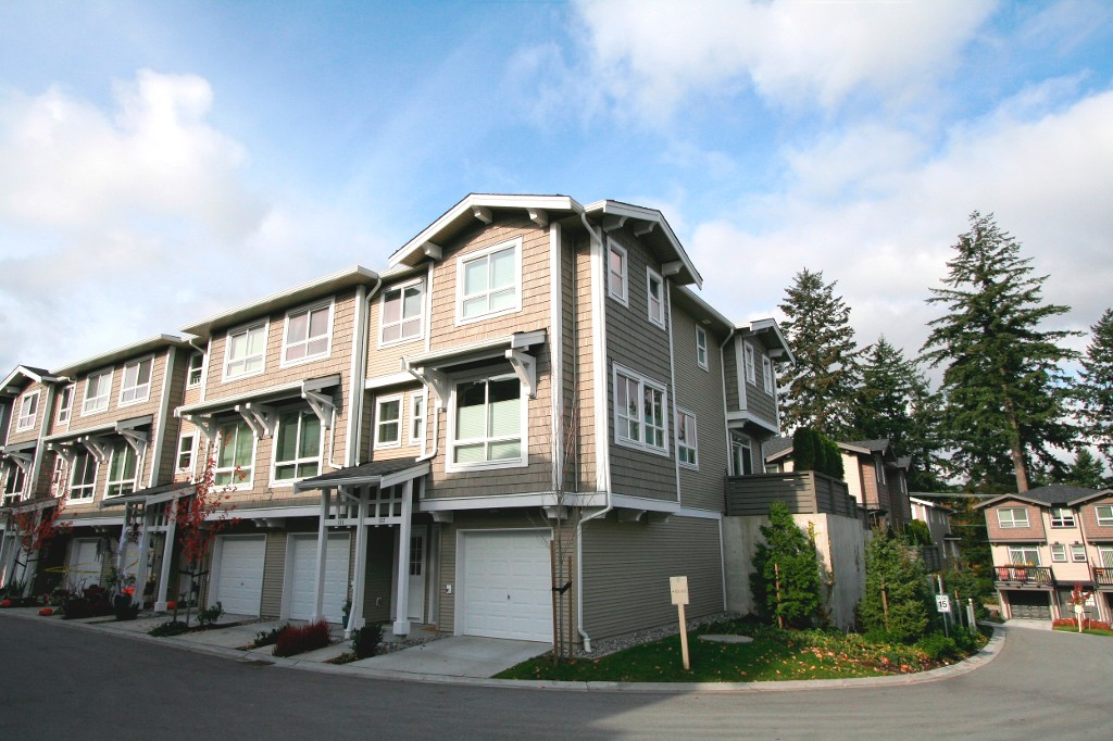 Main Photo: 132 2729 158TH Street in Surrey: Grandview Surrey Townhouse for sale (South Surrey White Rock)  : MLS®# F1126543
