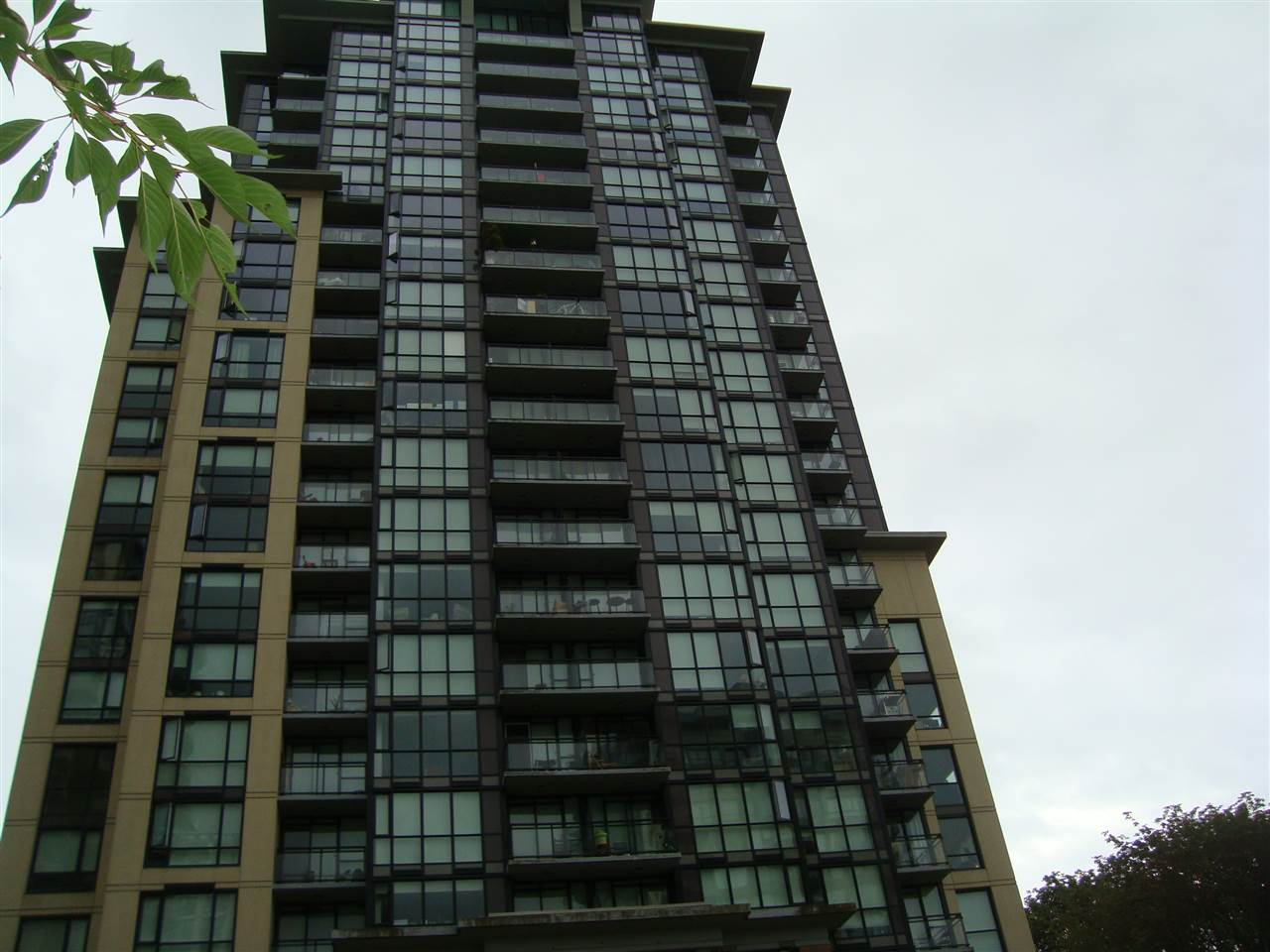 "Main Photo: 708 13380 108 Avenue in Surrey: Whalley Condo for sale in ""CITY POINT"" (North Surrey)  : MLS® # R2088188"