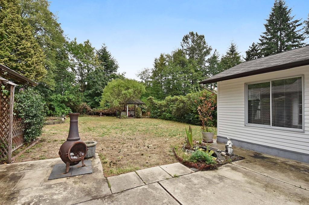Photo 16: 1388 APPIN Road in NORTH VANC: Westlynn House for sale (North Vancouver)  : MLS(r) # V1142438