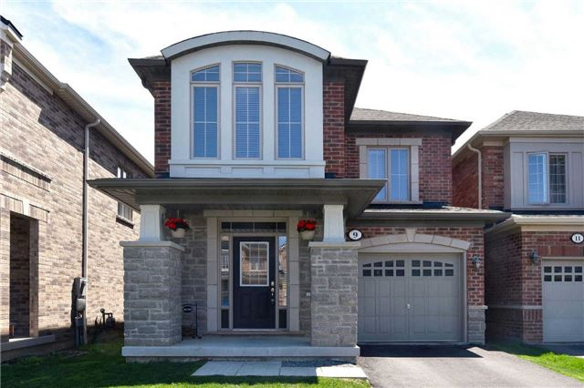 FEATURED LISTING: 9 Beverton Crest Ajax