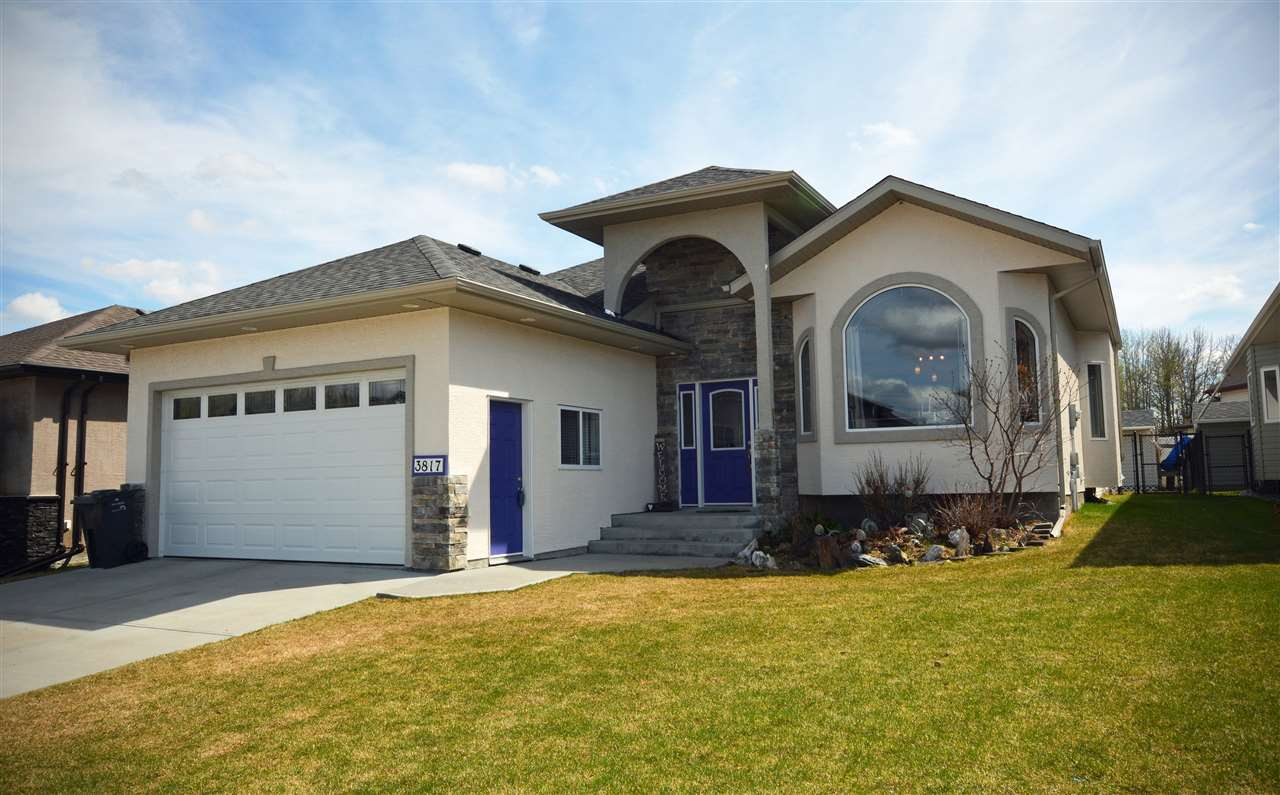FEATURED LISTING: 3817 52 Avenue Drayton Valley