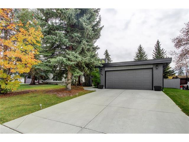 Main Photo: 544 OAKWOOD Place SW in Calgary: Oakridge House for sale : MLS® # C4084139