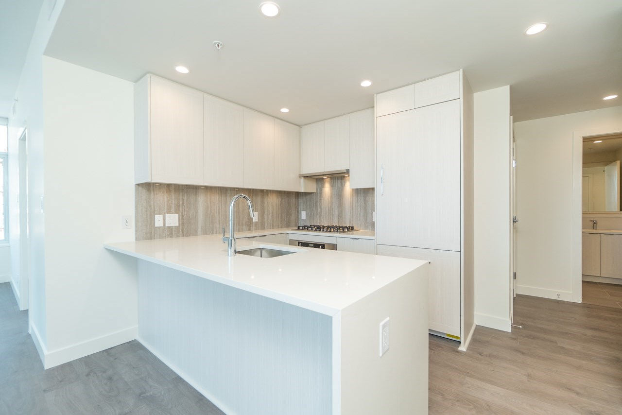 FEATURED LISTING: 2207 - 5051 IMPERIAL Street Burnaby