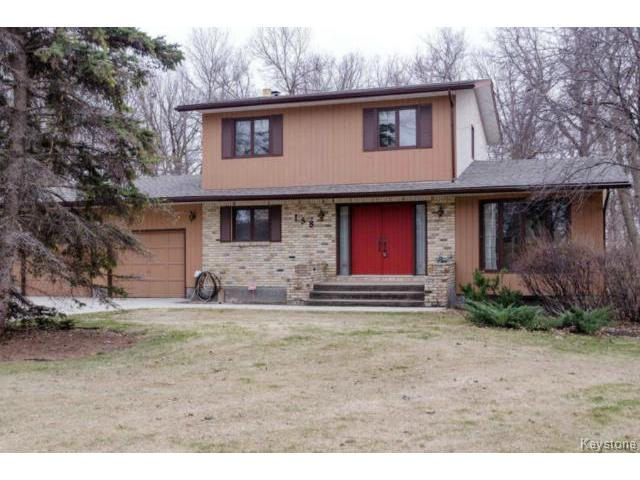 Main Photo:  in ESTPAUL: Birdshill Area Residential for sale (North East Winnipeg)  : MLS® # 1409100