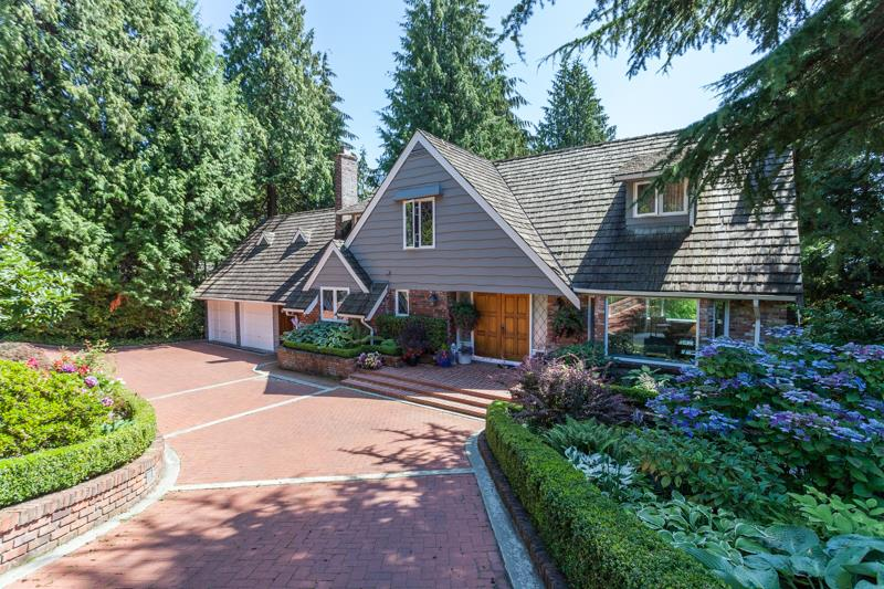 FEATURED LISTING: 3058 SPENCER Drive West Vancouver