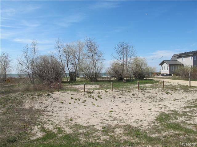 Main Photo:  in Woodlands: Twin Lake Beach Residential for sale (R19)  : MLS® # 1711980