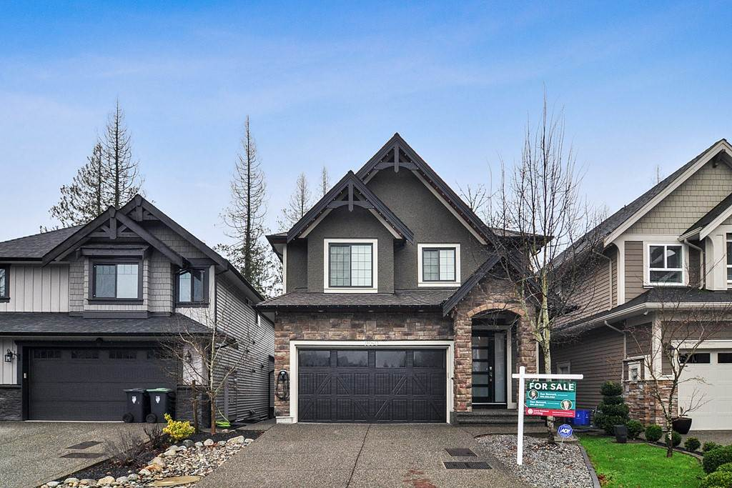 FEATURED LISTING: 7650 211B Street Langley