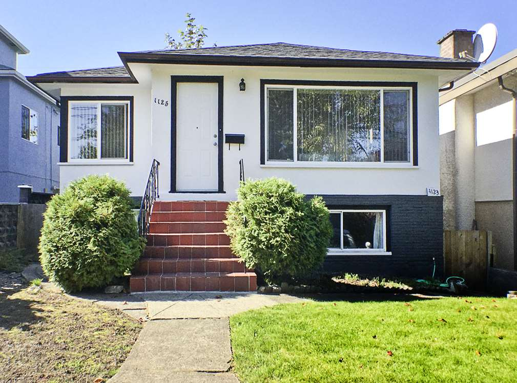 Main Photo: 1125 NOOTKA Street in Vancouver: Renfrew VE House for sale (Vancouver East)  : MLS® # R2110610