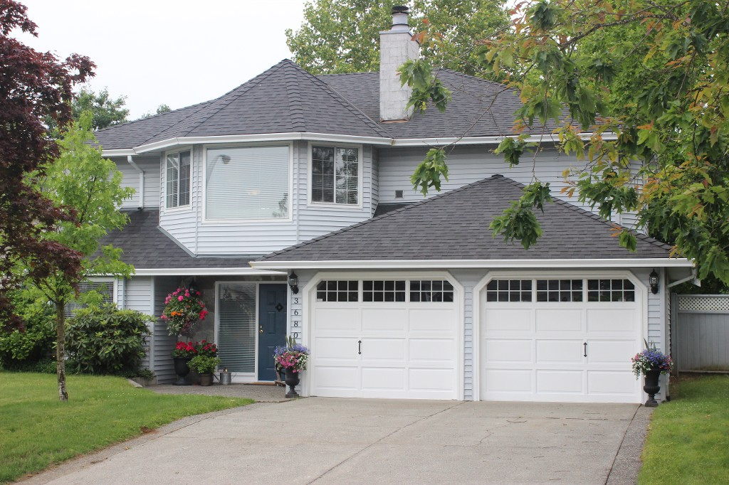 Main Photo: 3680 Nootka Street in Abbotsford: Central Abbotsford House for sale : MLS®# R2180077