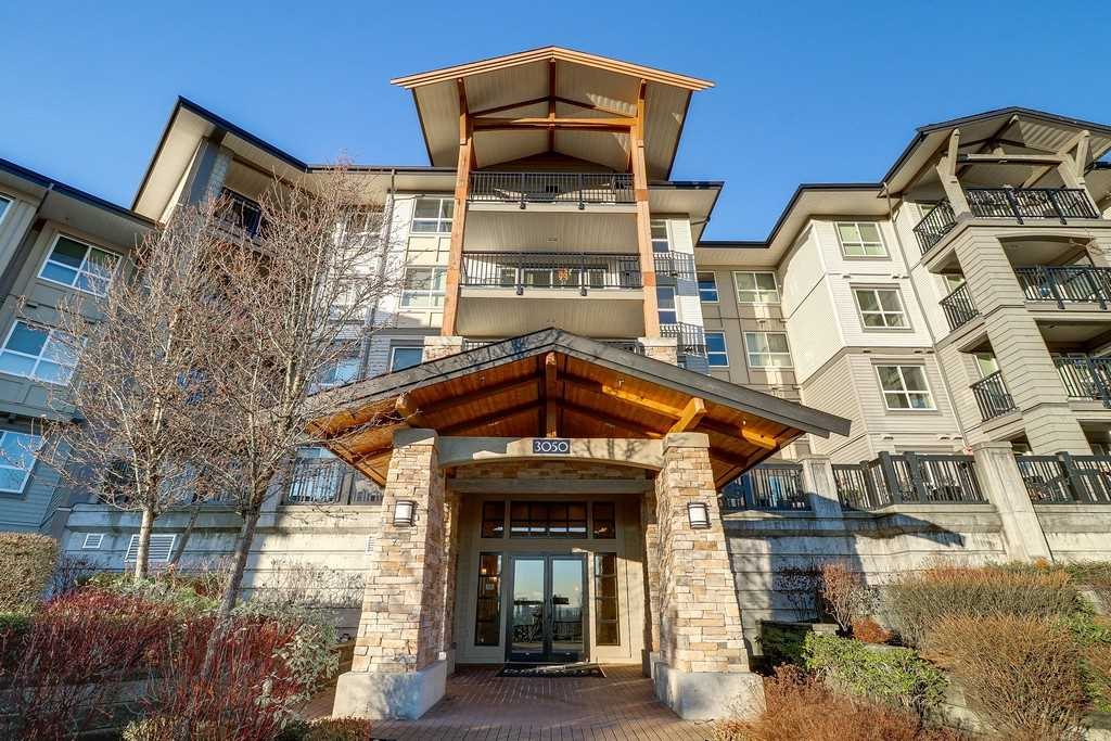 Main Photo: 212 3050 DAYANEE SPRINGS BOULEVARD in Coquitlam: Westwood Plateau Condo for sale : MLS®# R2226578