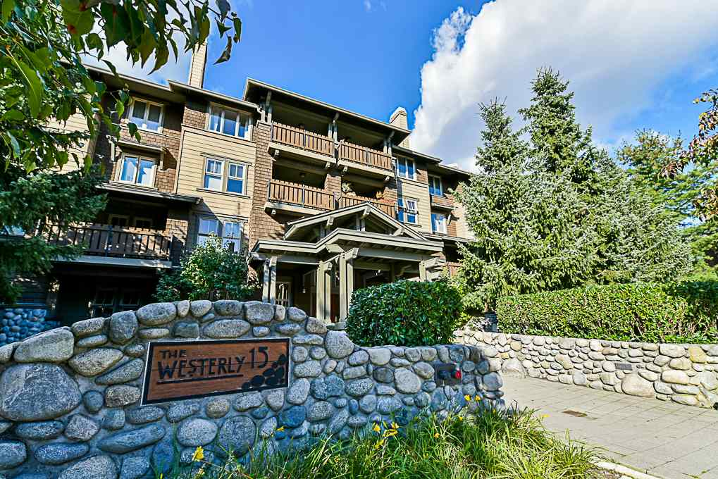 "Main Photo: 204 15 SMOKEY SMITH Place in New Westminster: GlenBrooke North Condo for sale in ""THE WESTERLY"" : MLS®# R2307676"