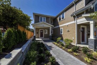Main Photo: 319 W 14TH Street in North Vancouver: Central Lonsdale House 1/2 Duplex for sale : MLS®# R2297326