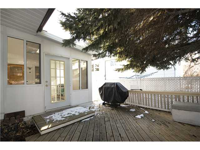 Photo 19: 3112 LANCASTER Way SW in Calgary: Lakeview House for sale : MLS® # C3654230