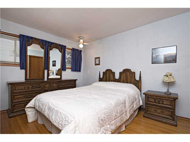 Photo 9: 3112 LANCASTER Way SW in Calgary: Lakeview House for sale : MLS® # C3654230