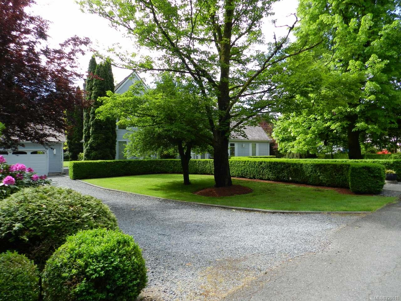 FEATURED LISTING: 4749 FAIRBRIDGE DRIVE DUNCAN
