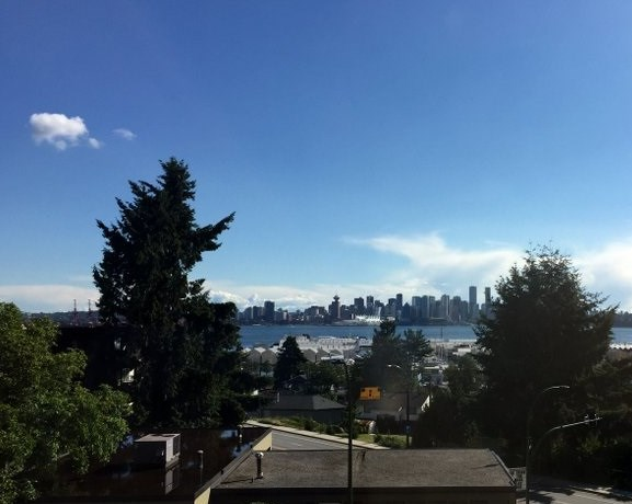 "Photo 1: 307 212 FORBES Avenue in North Vancouver: Lower Lonsdale Condo for sale in ""Forbes Manour"" : MLS(r) # R2082252"
