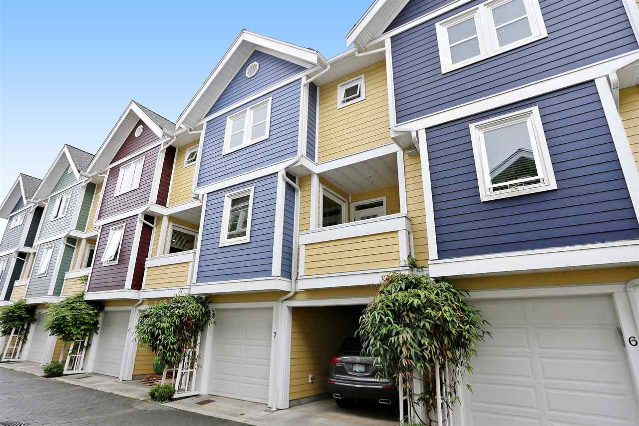 FEATURED LISTING: 7 - 4729 GARRY Street Delta
