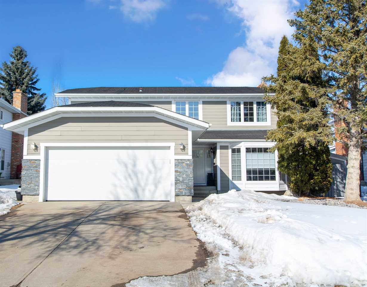 FEATURED LISTING: 15 LORNE Crescent St. Albert