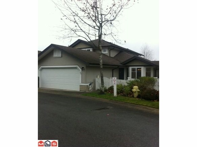 "Main Photo: 35 6488 168TH Street in Surrey: Cloverdale BC Townhouse for sale in ""Turnberry"" (Cloverdale)  : MLS®# F1127858"