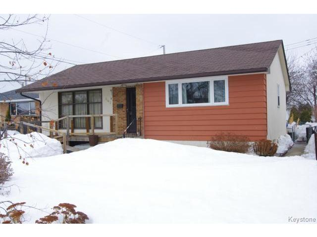 FEATURED LISTING: 441 Locksley Bay WINNIPEG