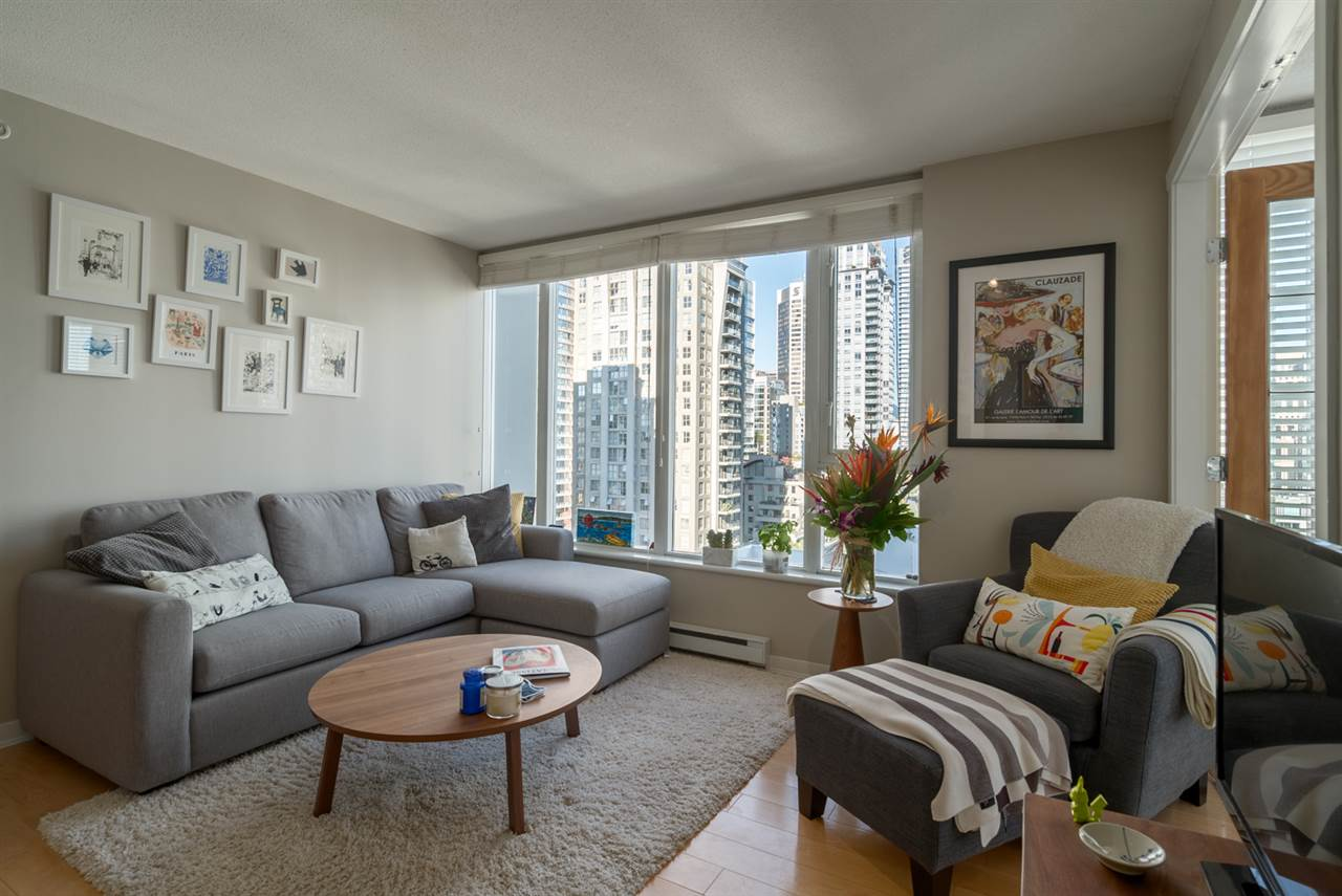 "Main Photo: 1204 1010 RICHARDS Street in Vancouver: Yaletown Condo for sale in ""THE GALLERY"" (Vancouver West)  : MLS®# R2115670"