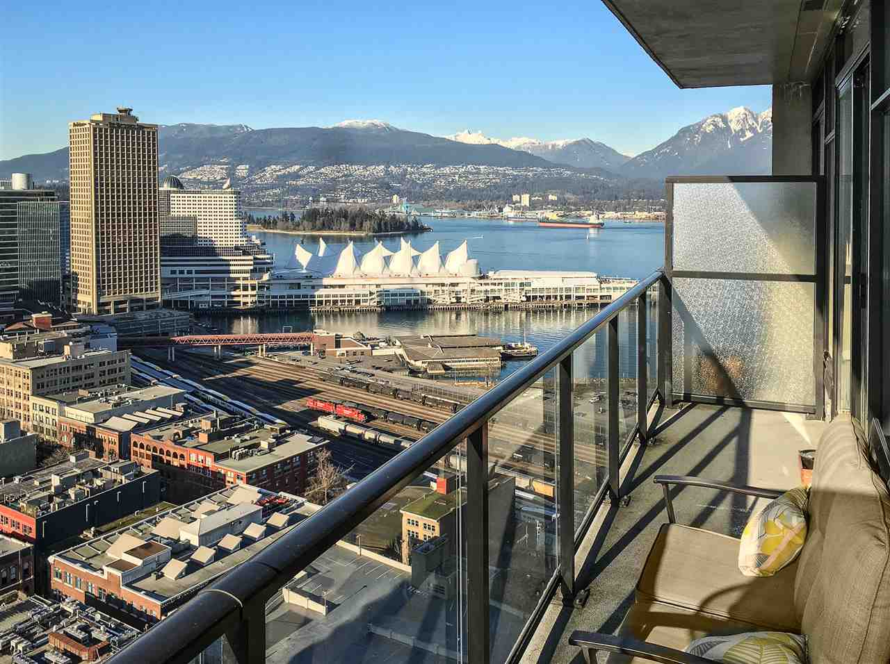 "Main Photo: PH8 108 W CORDOVA Street in Vancouver: Downtown VW Condo for sale in ""Woodwards W32"" (Vancouver West)  : MLS® # R2131580"