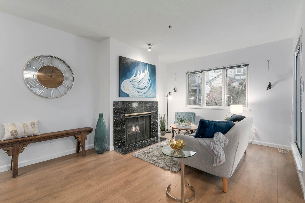 FEATURED LISTING: 207 - 643 7TH Avenue West Vancouver