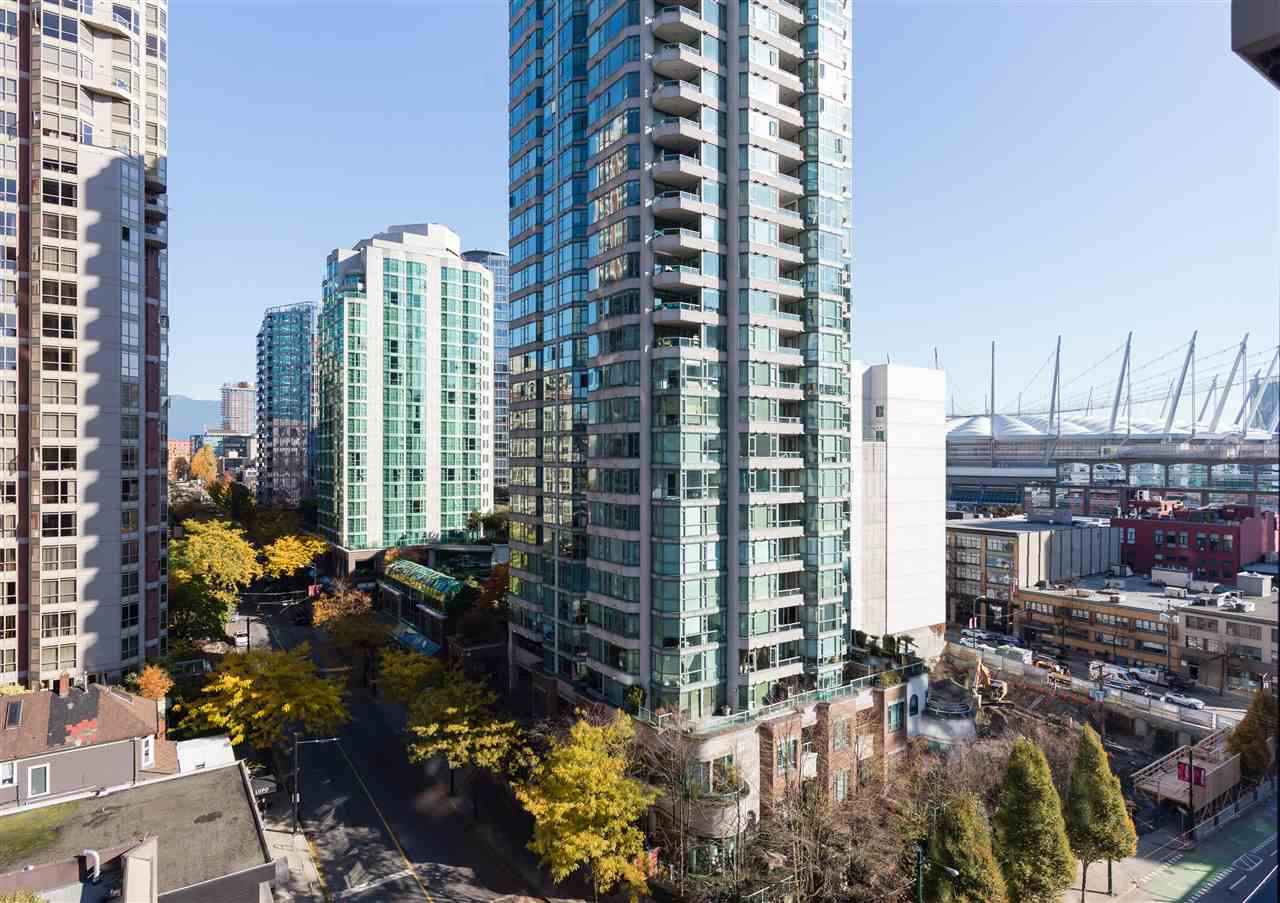FEATURED LISTING: 1201 909 MAINLAND Street Vancouver