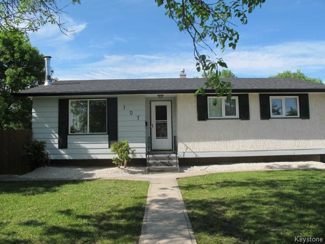 Main Photo:  in WINNIPEG: Charleswood Residential for sale (South Winnipeg)  : MLS® # 1515410