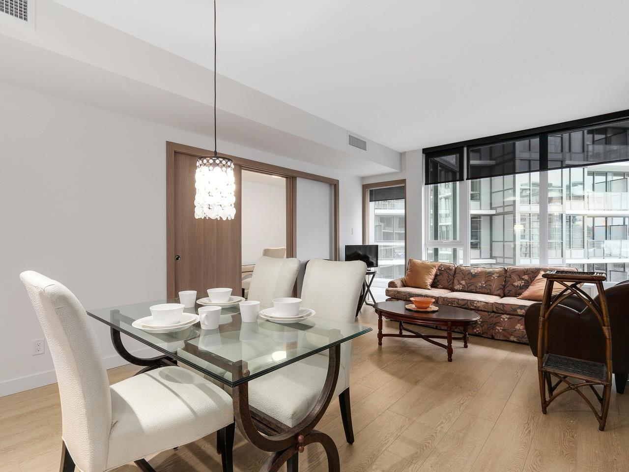 703 68 SMITHE Street In Vancouver Yaletown Condo For Sale ONE PACIFIC West MLSR R2133307