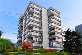 "Main Photo: 302 2167 BELLEVUE Avenue in West Vancouver: Dundarave Condo for sale in ""VANDEMAR WEST"" : MLS®# R2159387"