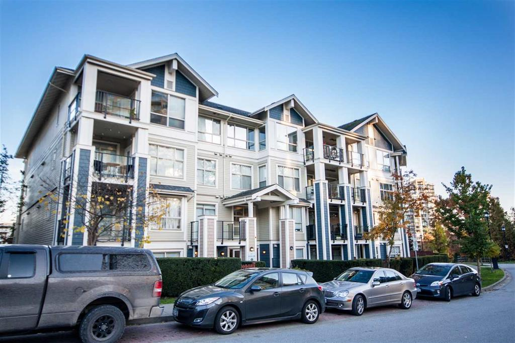 Main Photo: 204 275 Ross Drive in : Fraserview NW Condo for sale (New Westminster)