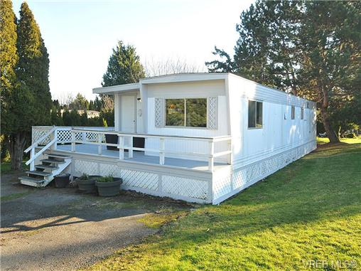FEATURED LISTING: 27 - 2206 Church Rd SOOKE