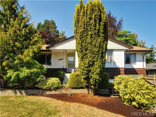 Main Photo: 3720 Casey Drive in VICTORIA: SW Tillicum Single Family Detached for sale (Saanich West)  : MLS®# 342369