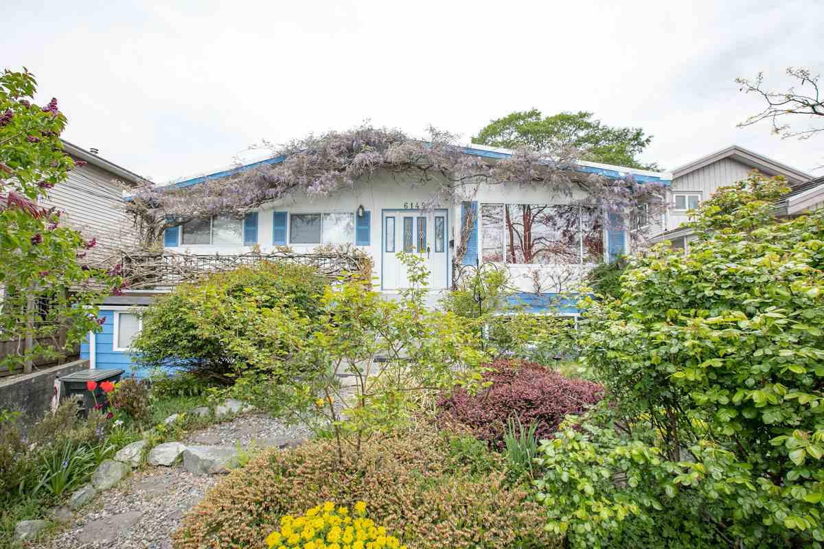 FEATURED LISTING: 6149 RUMBLE Street Burnaby