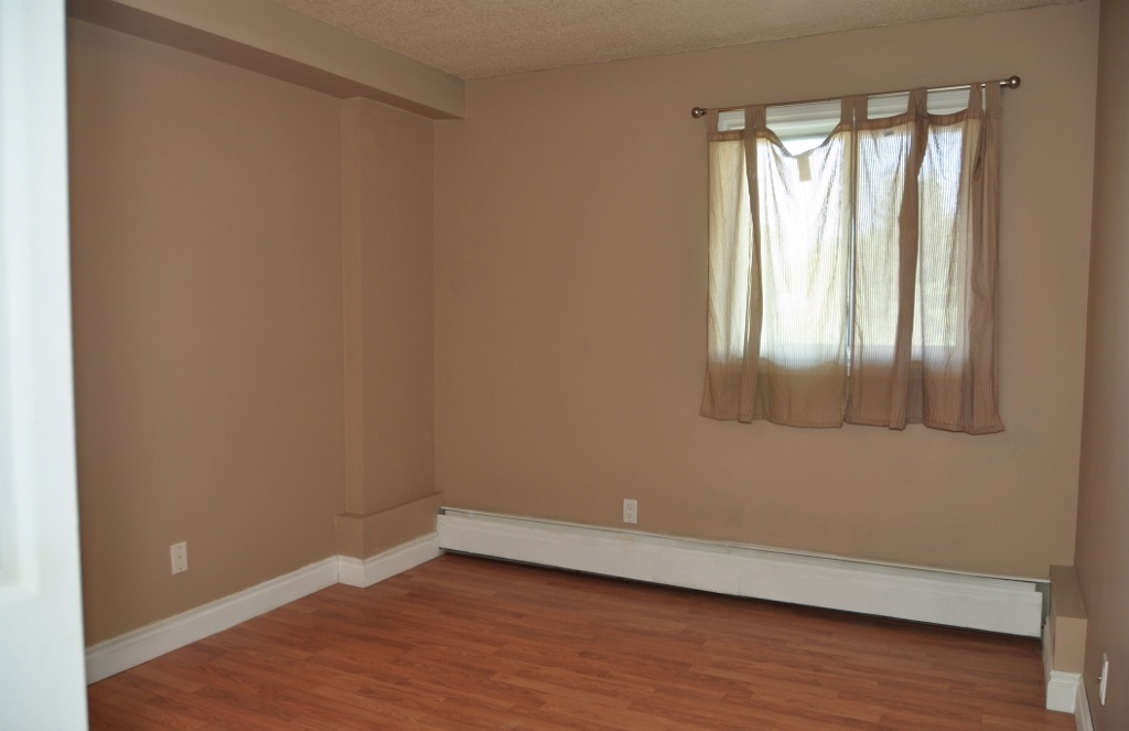 Photo 5: 203 12831 66 Street in Edmonton: Zone 02 Condo for sale : MLS® # E4078685