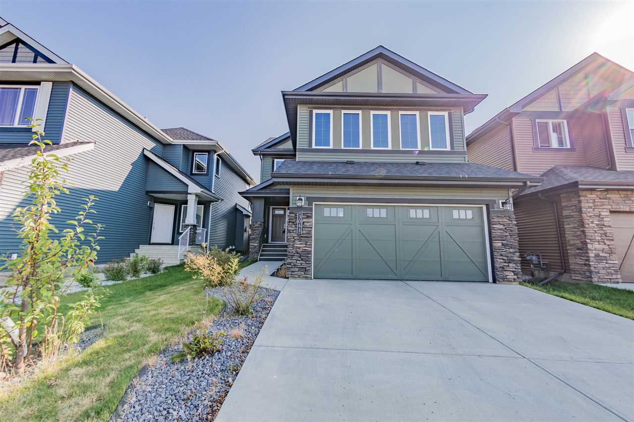 Main Photo: 3043 WINSPEAR Common in Edmonton: Zone 53 House for sale : MLS® # E4081265
