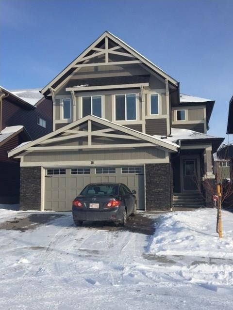 FEATURED LISTING: 18 Mount Rae Ridge Okotoks