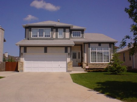 Main Photo: 121 Royal Park Cres.: Residential for sale (Southland Park)  : MLS® # 2307229