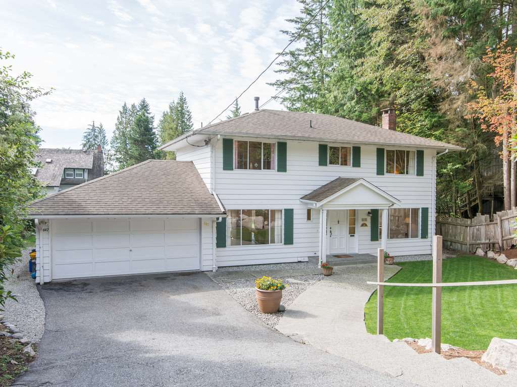 Main Photo: 647 EAST KINGS Road in North Vancouver: Princess Park House for sale : MLS®# R2107833