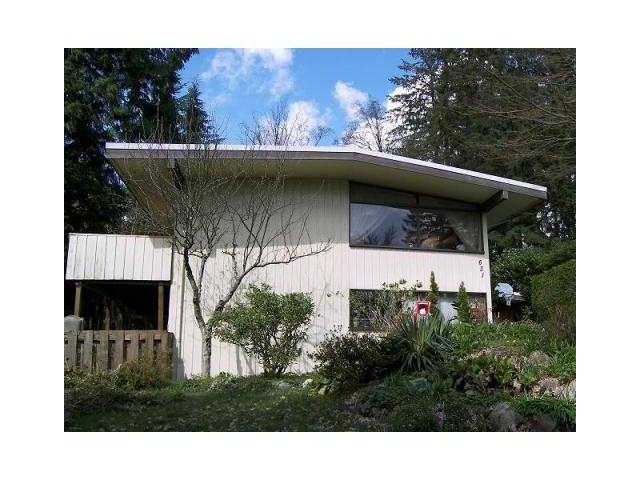 "Main Photo: 631 PLYMOUTH Drive in North Vancouver: Windsor Park NV House for sale in ""WINDSOR PARK"" : MLS® # V1059152"