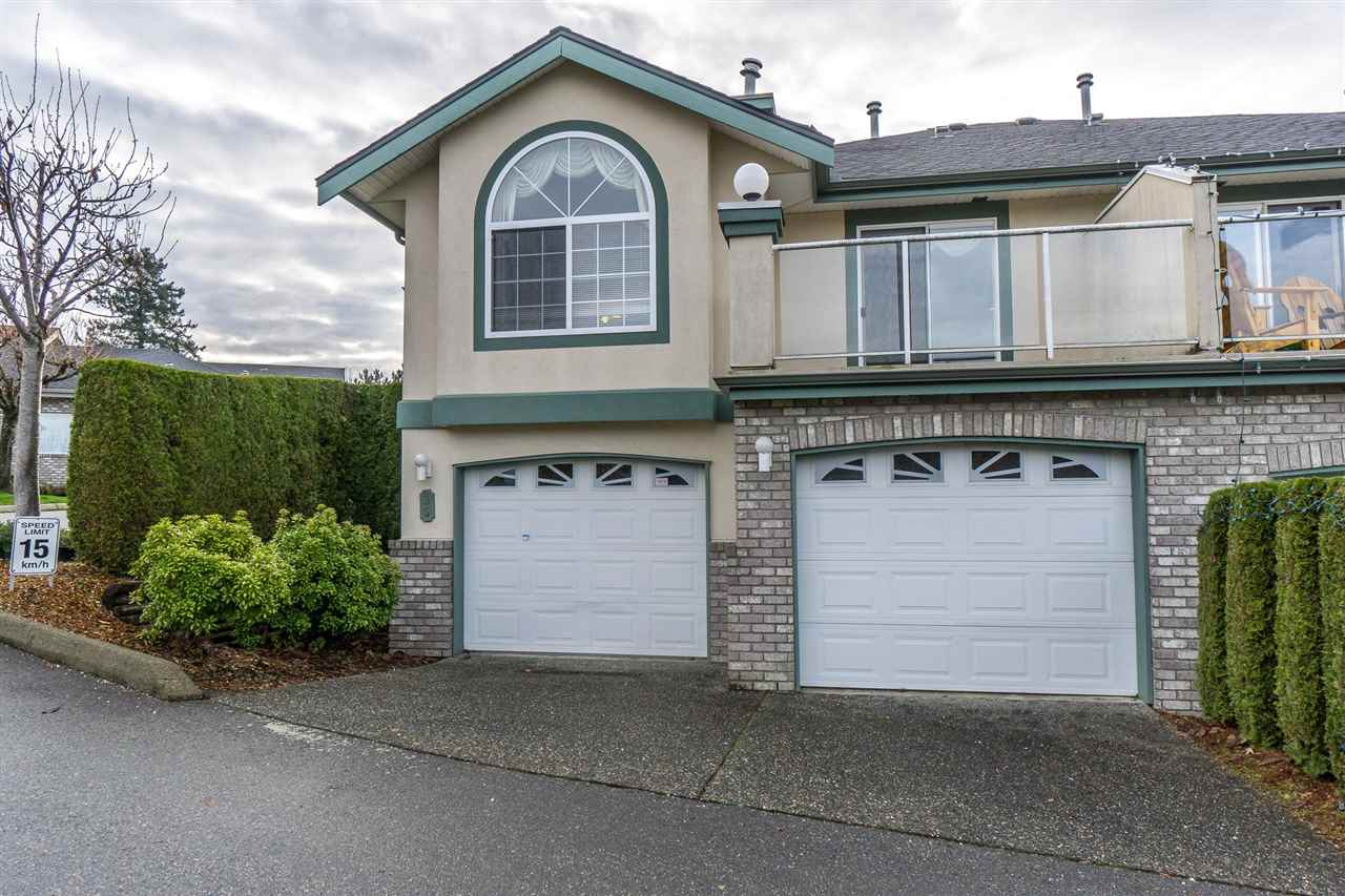 "Main Photo: 39 32777 CHILCOTIN Drive in Abbotsford: Central Abbotsford Townhouse for sale in ""Cartier Heights"" : MLS®# R2227792"