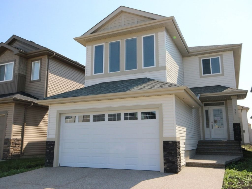 Main Photo: 17005 62 Street in Edmonton: Zone 03 House for sale : MLS® # E4078785