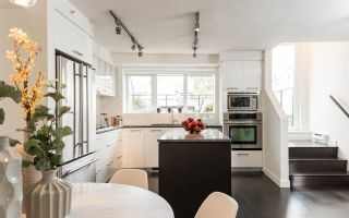 "Main Photo: 219 1961 COLLINGWOOD Street in Vancouver: Kitsilano Townhouse for sale in ""Viridian Green"" (Vancouver West)  : MLS® # R2241211"