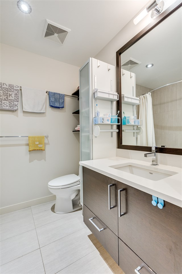 "Photo 10: 2172 W 8TH Avenue in Vancouver: Kitsilano Townhouse for sale in ""CANVAS"" (Vancouver West)  : MLS® # R2176303"