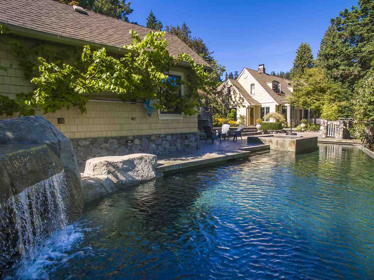Main Photo: 4881 WATER Lane in West Vancouver: Olde Caulfeild House for sale : MLS(r) # R2180945