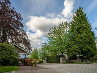 "Main Photo: 22 5298 OAKMOUNT Crescent in Burnaby: Oaklands Townhouse for sale in ""KENWOOD"" (Burnaby South)  : MLS®# R2306087"
