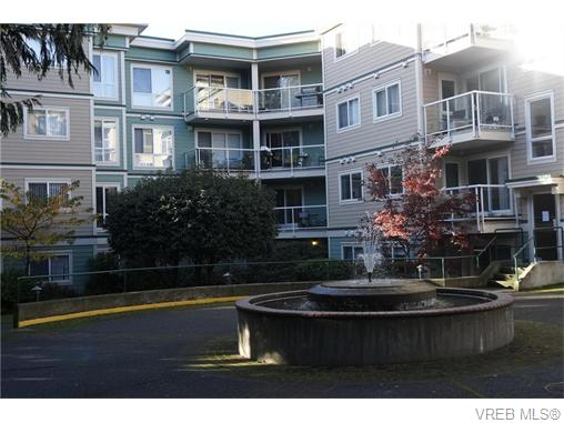 FEATURED LISTING: 404 - 649 Bay St VICTORIA